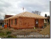 Haus plus Dachstuhl